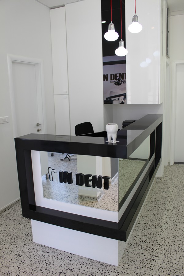 "Dental office ""In Dent"""